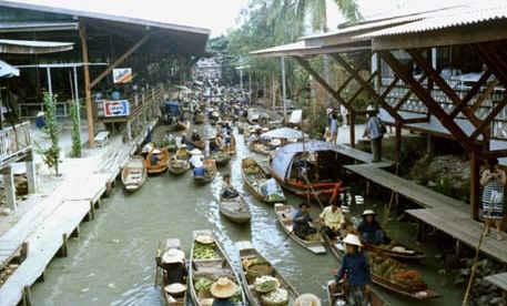 泰国有寺庙四万多,佛塔10万多
